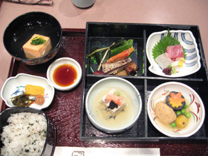 日本料理 つつじの茶屋