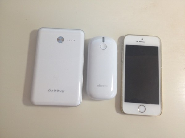 iphone5s、cheero Powerboxと比較