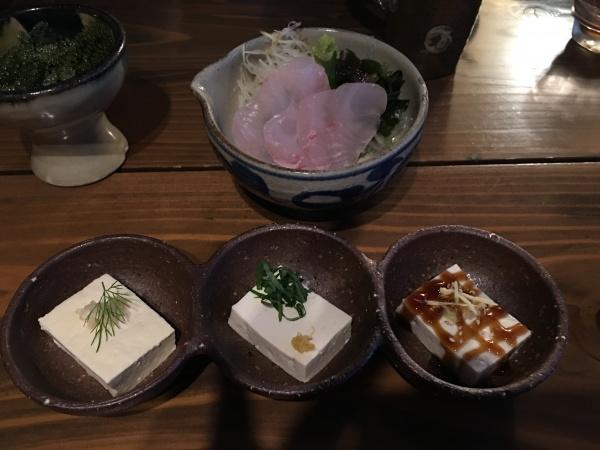 沖縄県産白身魚のお刺身と島豆腐のアジアン冷奴3種盛り
