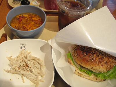 Pion(ピオン)清水店内 ピオンカフェ