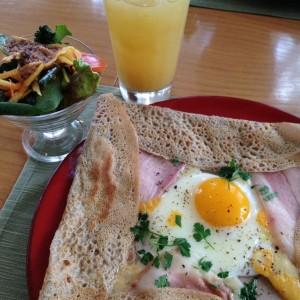 カフェレストラン GIONO(クレマチスの丘)