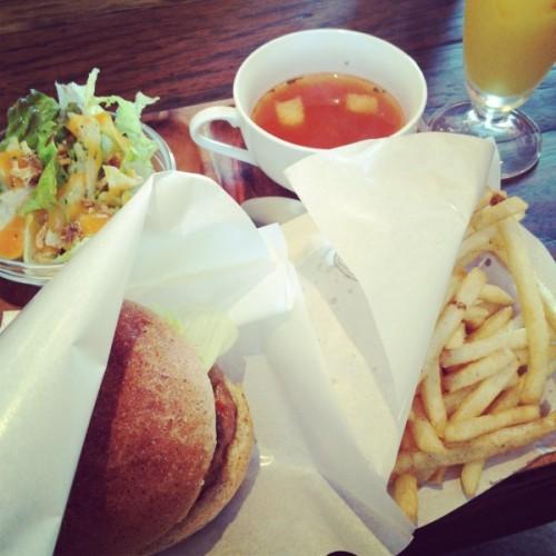 Steppin Cafe(ステッピンカフェ)