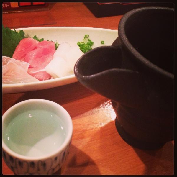 新潟八海山の日本酒とお刺身