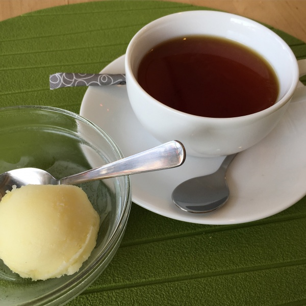 りんごシャーベットと富士市島田町のあかふじ紅茶