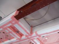 1階天井にガスホースがつきました
