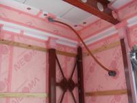 2階一部雨水が家の内部を通る 仮にホース
