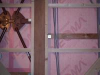 2Fオフィスの外周壁下地の棚をつける部分は補強の用意