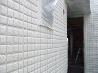 中塗りの2F玄関前