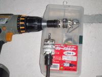 穴を開ける電気用道具類