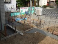 外構工事 コンクリートを流す