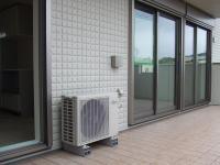 2Fベランダにある空調の室外機
