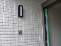 1F玄関口の電気