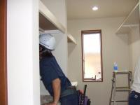 木工事棚をつける2