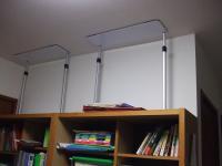 家具転倒防止ユニットをつけた本箱