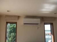 1Fのエアコン 風通しの良いところに設置